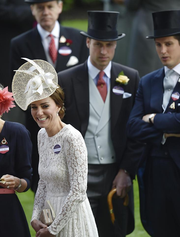 Britain Horse Racing - Royal Ascot - Ascot Racecourse - 15/6/16 Catherine, Duchess of Cambridge and Britain's Prince William during the races Reuters / Toby Melville Livepic EDITORIAL USE ONLY.