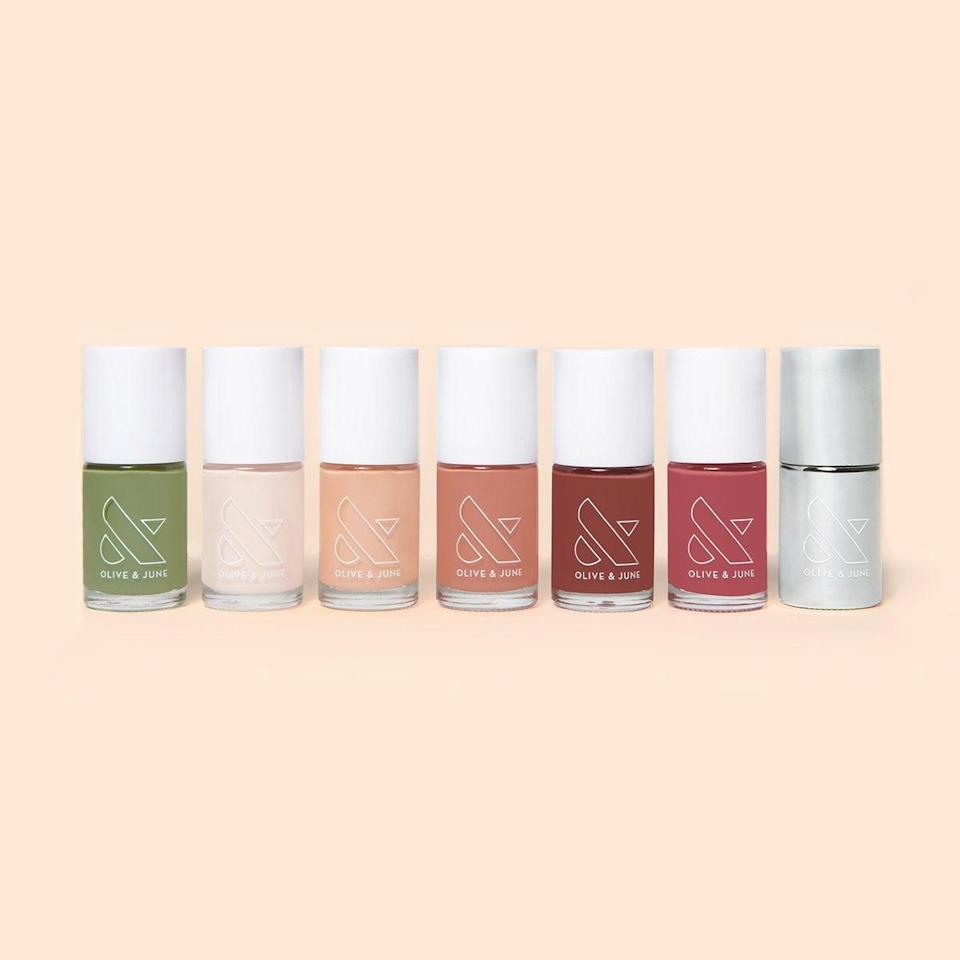 <p>If you just want the polish, you need the <span>Olive & June The Nailfie Ready Set - Fall 2020</span> ($56).</p>