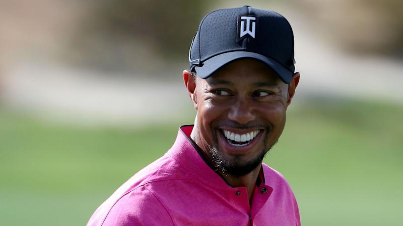 Shirtless Tiger Woods shows off really big lobster