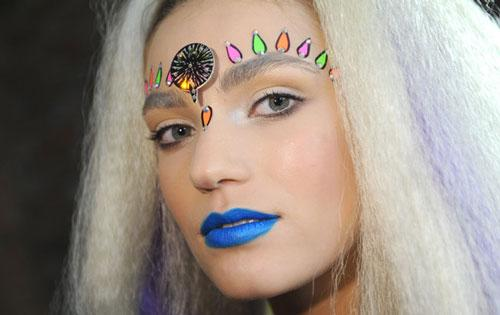 Little Mixs Perrie Slammed For Wearing A Bindi What Do You Think