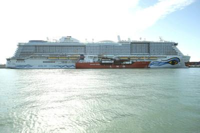 Carnival Corporation's AIDAnova becomes the world's first LNG powered cruise ship to call on the Port of Barcelona and the first to be fueled with LNG in the Mediterranean.