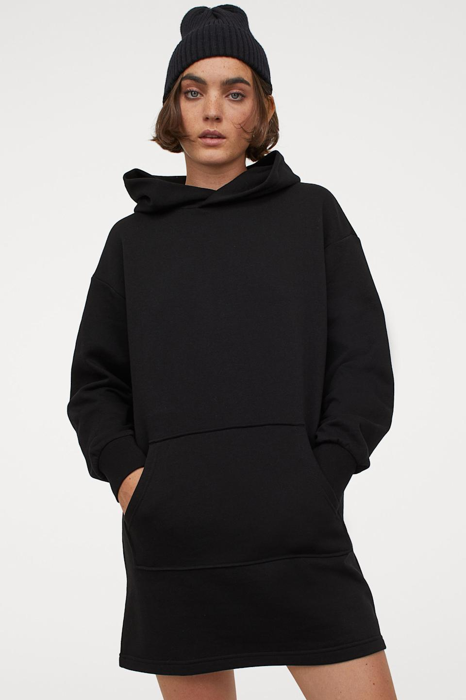 "<br><br><strong>H&M</strong> Hooded Sweatshirt Dress, $, available at <a href=""https://go.skimresources.com/?id=30283X879131&url=https%3A%2F%2Fwww2.hm.com%2Fen_us%2Fproductpage.0776179001.html"" rel=""nofollow noopener"" target=""_blank"" data-ylk=""slk:H&M"" class=""link rapid-noclick-resp"">H&M</a>"