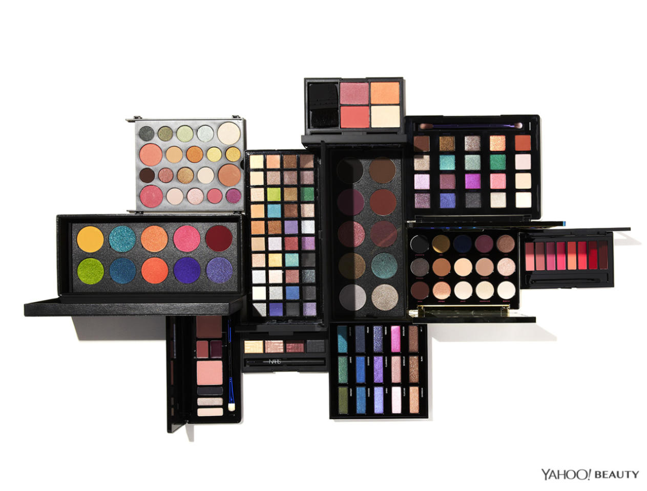 <p>The palettes in this guide will help you master every single beauty look. (Photo: Jon Paterson)</p>