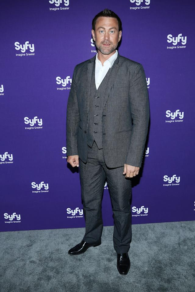 "NEW YORK, NY - APRIL 10:  Grant Bowler of ""Defiance"" attends Syfy 2013 Upfront at Silver Screen Studios at Chelsea Piers on April 10, 2013 in New York City.  (Photo by Rob Kim/Getty Images)"