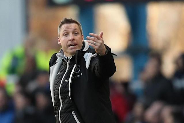 Millwall boss Neil Harris warns Fulham to prepare for hostile Den atmosphere