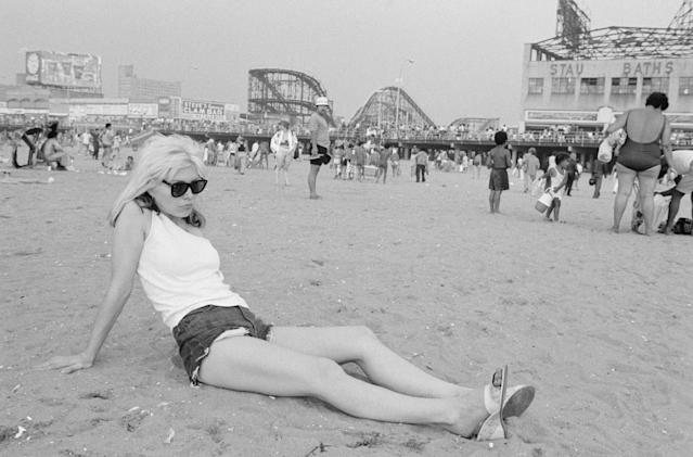 Debbie Harry of Blondie on the beach at Coney Island (Photo by Roberta Bayley/Redferns)