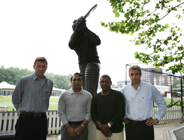 LONDON - JUNE 29: (L-R) Michael Atherton of England, Sunil Gavaskar of India, Aravinda de Silva of Sri Lanka and David Richardson of the ICC meet to discuss the selection of ICC World XI players for the forthcoming Johnnie Walker Super Series to be held in Australia in October, at Lord's Cricket Ground on June 29, 2005 in London. (Photo by Christopher Lee/Getty Images) *** Local Caption *** Michael Atherton;Sunil Gavaskar;Aravinda de Silva;David Richardson