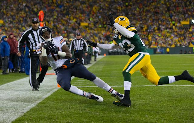 Nov 26, 2015; Green Bay, WI, USA; Chicago Bears wide receiver Alshon Jeffery (17) during the NFL game against the Green Bay Packers on Thanksgiving at Lambeau Field. Chicago won 17-13. Mandatory Credit: Jeff Hanisch-USA TODAY Sports