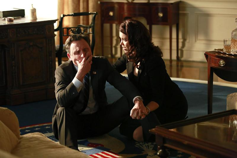 """This image released by ABC shows Tony Goldwyn, left, and Bellamy Young in a scene from the third season finale of """"Scandal,"""" which aired on Thursday, April 17, 2014. (AP Photo/ABC, Ron Tom)"""