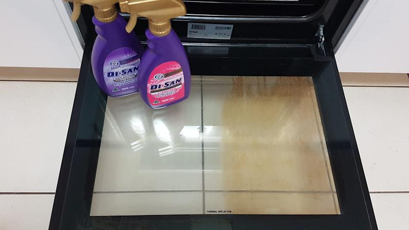 Image of Aldi Di San Oxy Action and Degreaser next to oven before and after transformation