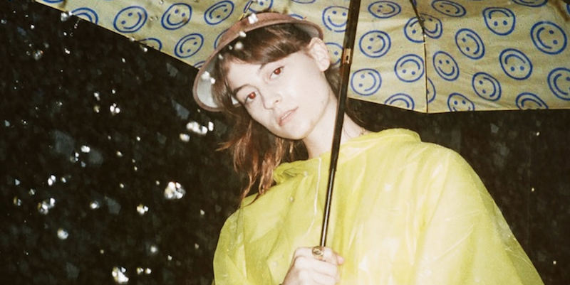 """Faye Webster juggles bravery and vulnerability on new track """"Both All the Time"""": Stream"""