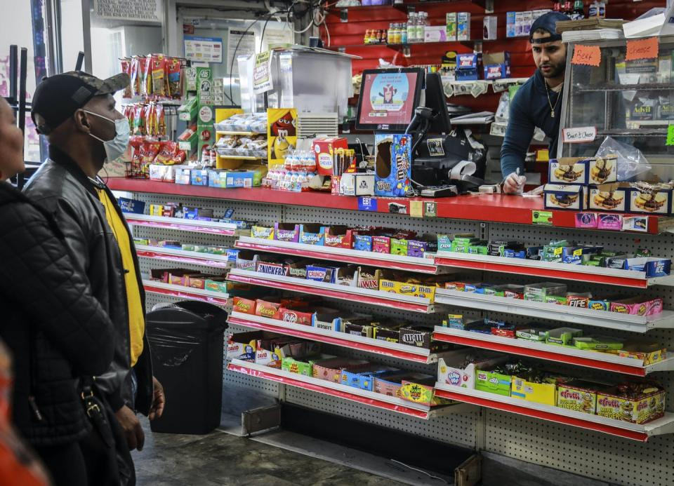 "<span class=""caption"">Many bodegas are actually considered microbusinesses, not just small businesses.</span> <span class=""attribution""><a class=""link rapid-noclick-resp"" href=""http://www.apimages.com/metadata/Index/Virus-Outbreak-24-Hours-Bodega-Owner/3505a007a8034116b82be7c9accd7dfe/1/0"" rel=""nofollow noopener"" target=""_blank"" data-ylk=""slk:AP Photo/Bebeto Matthews"">AP Photo/Bebeto Matthews</a></span>"