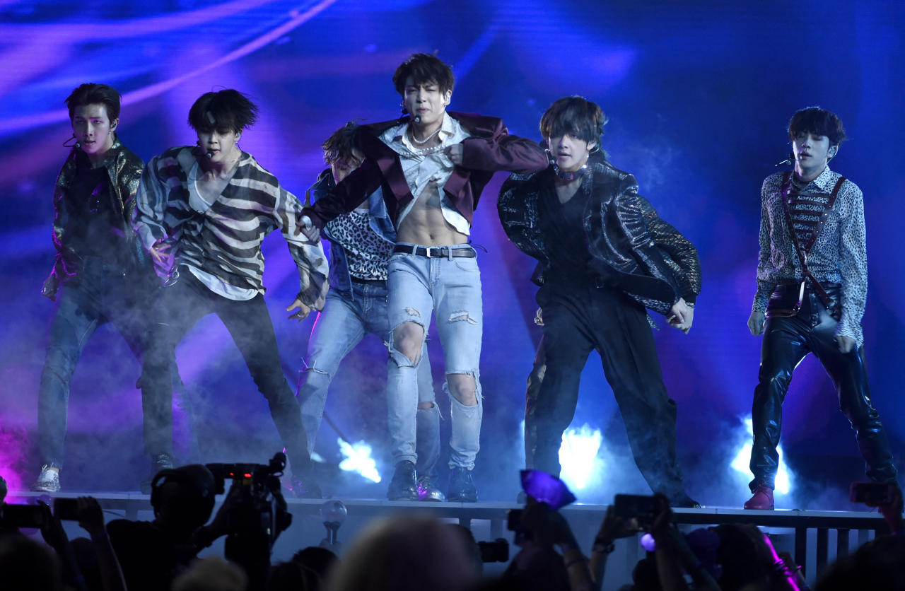 """<p>BTS performs """"Fake Love"""" at the Billboard Music Awards at the MGM Grand Garden Arena on Sunday, May 20, 2018, in Las Vegas. (PHOTO: Chris Pizzello/Invision/AP) </p>"""