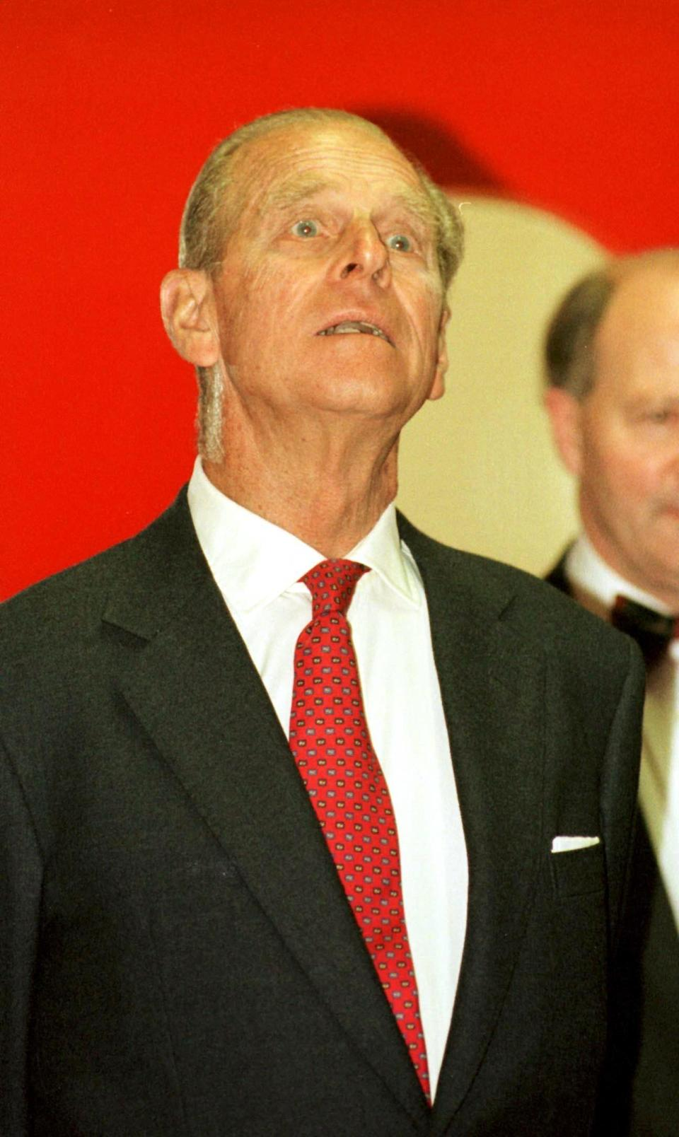 """<p>The Duke of Edinburgh steered clear to comment on his controversial remarks he made about Indians as he toured Caledonian Brewery famous for making India Pale Ale. Earlier, during a visit to an electronics factory in Scotland, Prince Philip saw a messy fuse box and said it looked """"as though it was put in by an Indian"""". (Photo credit: <span>PA/PA Archive/PA Images)</span> </p>"""