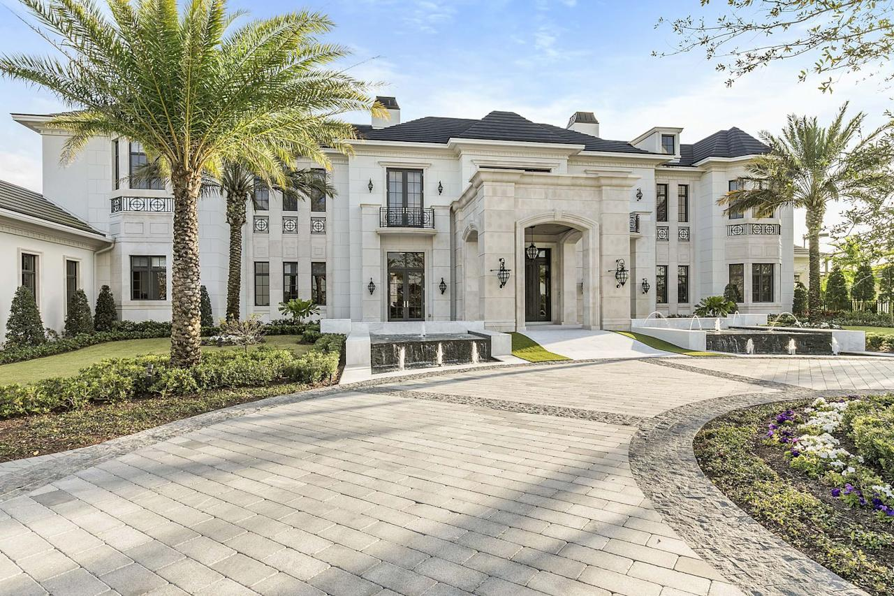 "<p>Listed for <a rel=""nofollow"" href=""https://www.elliman.com/florida/9200-rockybrook-way-delray-beach-mfchfye"">$20 million</a> (£14.2 million), it's about 30 miles south of Palm Beach.</p>"
