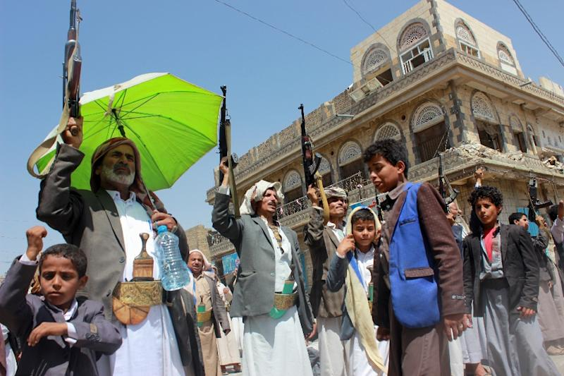 Supporters of Huthi rebels who control Yemen's capital Sanaa (AFP Photo/STRINGER)