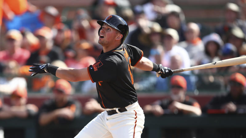 Sandoval hits 3-run homer, Giants rout King Felix, Mariners