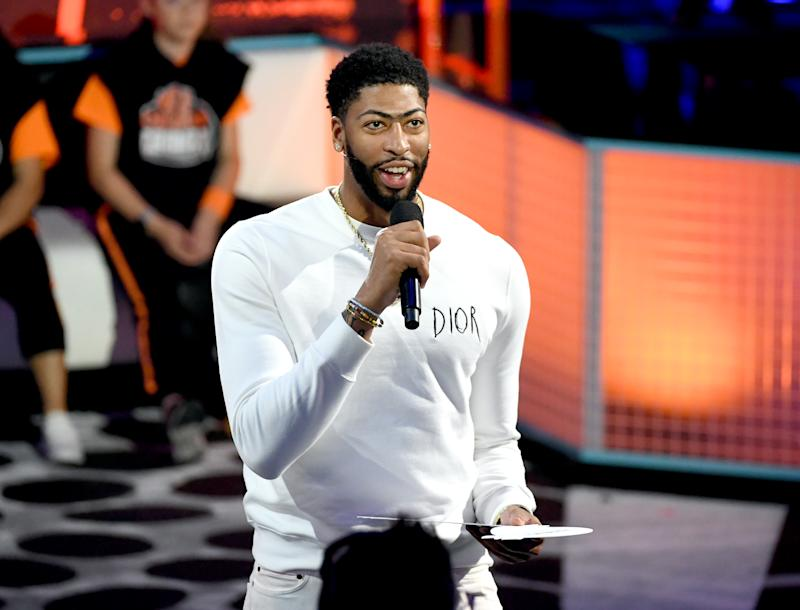 SANTA MONICA, CALIFORNIA - JULY 11: Anthony Davis speaks onstage during Nickelodeon Kids' Choice Sports 2019 at Barker Hangar on July 11, 2019 in Santa Monica, California. (Photo by Kevin Winter/Getty Images)