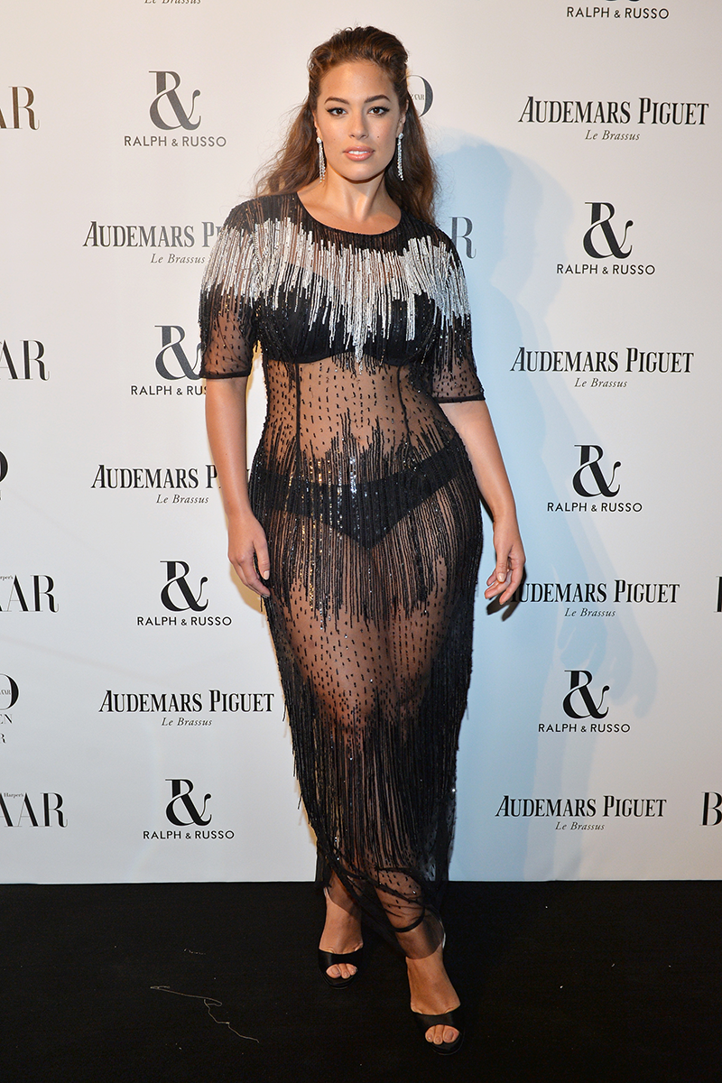 <p>At the Harper's BAZAAR Women of the Year Awards, 2017</p>