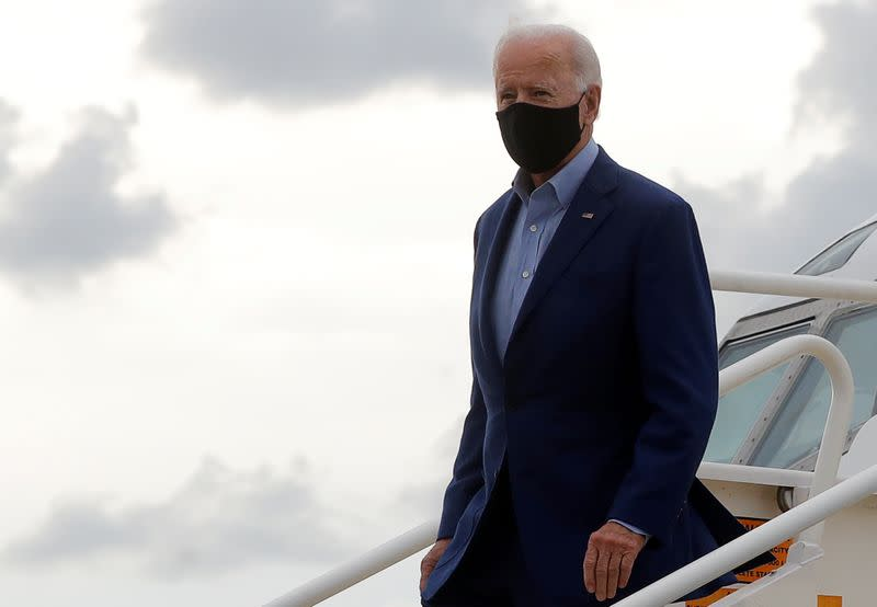 Democratic U.S. presidential nominee Biden arrives for debate with President Trump at Cleveland Hopkins International Airport in Cleveland, Ohio