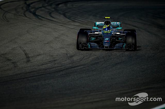 "Valentino Rossi, Mercedes-AMG F1 W08 <span class=""copyright"">Yamaha MotoGP</span>"