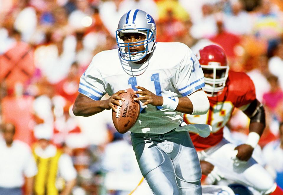 Andre Ware plays QB for the Lions on Oct. 14, 1990 in Kansas City.
