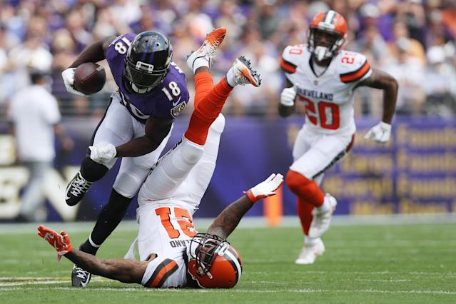 <p>Wide receiver Jeremy Maclin #18 of the Baltimore Ravens tries to get around cornerback Jamar Taylor #21 of the Cleveland Browns in the first quarter at M&T Bank Stadium on September 17, 2017 in Baltimore, Maryland. (Photo by Patrick Smith/Getty Images) </p>