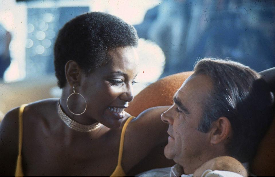 LAS VEGAS, USA - MAY 01:  Scottish actor Sean Connery and actress Trina Parks on the set of the James Bond film 'Diamonds Are Forever' on May 1, 1971 in Las Vegas, USA. (Photo by Anwar Hussein/Getty Images)