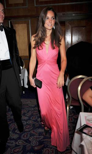 Kate Middleton wears pink Issa dress