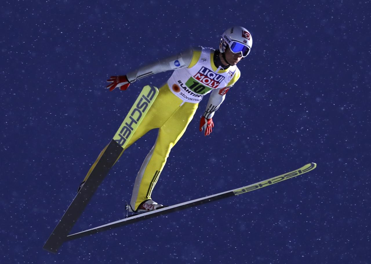 FIS Nordic Ski World Championships - Mixed Team Ski Jumping Normal Hill - Lahti, Finland - 26/2/17 - Daniel Andre Tande of Norway in action.  REUTERS/Kai Pfaffenbach