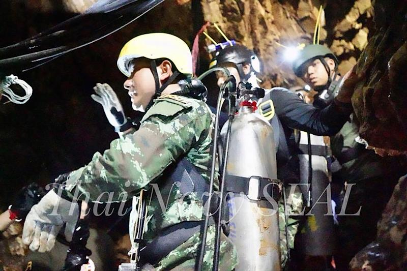 Boys in Thai cave 'not ready to dive', won't be rescued today