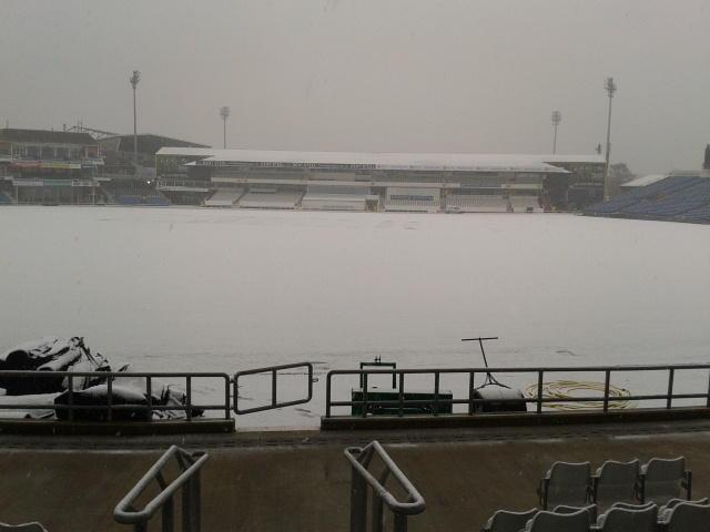 @Yorkshireccc — Yorkshire Cricket — It's a bit of sticky wicket. I bet @AzeemRafiq30 @joeroot05 would get it to turn on this.