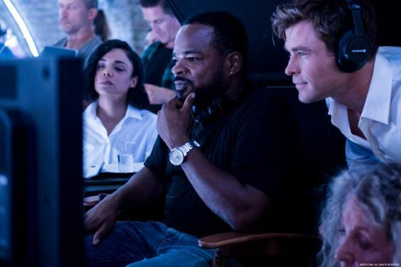 F Gary Gray (centre) filming 'Men in Black: International' with Tessa Thompson (left) and Chris Hemsworth (right) (Sony)