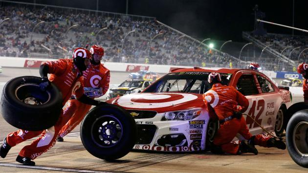 Larson rallies for win as NASCAR play-off field set