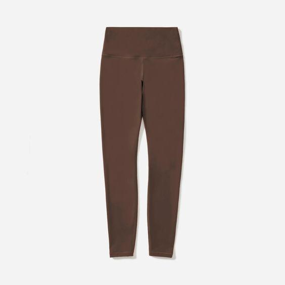 """These <a href=""""https://www.teenvogue.com/story/best-leggings?mbid=synd_yahoo_rss"""" rel=""""nofollow noopener"""" target=""""_blank"""" data-ylk=""""slk:editor-approved leggings"""" class=""""link rapid-noclick-resp"""">editor-approved leggings</a> are worth every penny. $58, Everlane. <a href=""""https://www.everlane.com/products/womens-perform-legging-chocolate?collection=womens-sale"""" rel=""""nofollow noopener"""" target=""""_blank"""" data-ylk=""""slk:Get it now!"""" class=""""link rapid-noclick-resp"""">Get it now!</a>"""