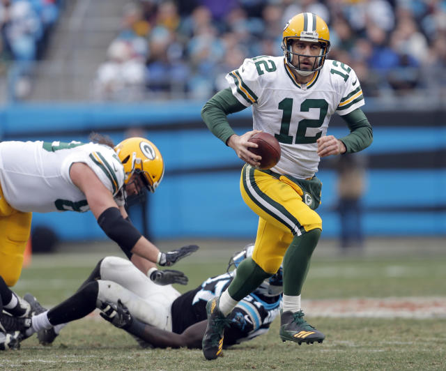 Green Bay Packers' Aaron Rodgers returned from a broken collarbone for Sunday's game. (AP)
