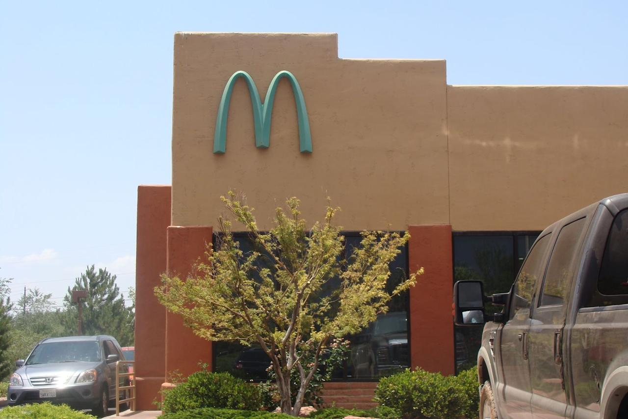 <p>Instead of going with the classic red-and-yellow décor scheme, Sedona's flagship McDonald's features the state's iconic red-rock aesthetic. And those golden arches? They're the Southwest's favorite gem: turquoise.</p>