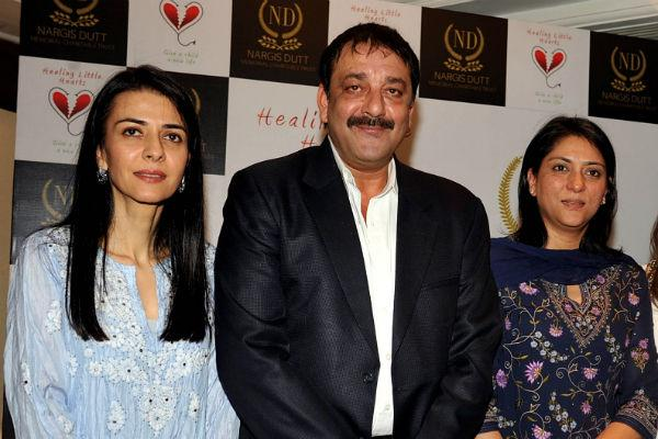 """<p class=""""MsoNormal""""><b>Priya Dutt:</b> Daughter to Sunil Dutt and Nargis, Priya Dutt holds a degree in Sociology from Mumbai University, has worked in television and video before joining politics. She currently represents the Mumbai North Central constituency in the 15<sup>th</sup> Lok Sabha and has also served as secretary of the All-India Congress Committee. She runs a charity that has does a lot of commendable work across the country, and she has also worked with Muslim refugees during the period after the riots in 1993. Stylish and personable, she wears printed cotton fabrics and is always neat and well-groomed. </p>"""