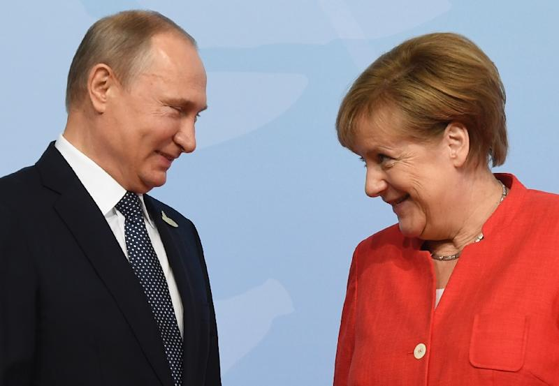 German Chancellor Angela Merkel's meeting with President Vladimir Putin in Sochi is expected to be dominated by the Iran deal