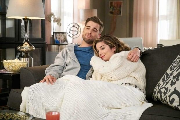 Dustin Milligan plays a small-town veterinarian in hit TV series Schitt's Creek. ( - image credit)