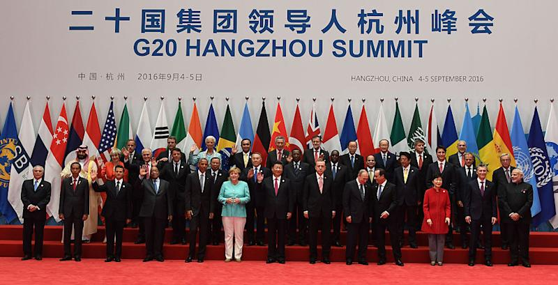 World leaders pose in Hangzhou for the 11th G20 Leaders Summit from September 4 to 5, 2016.