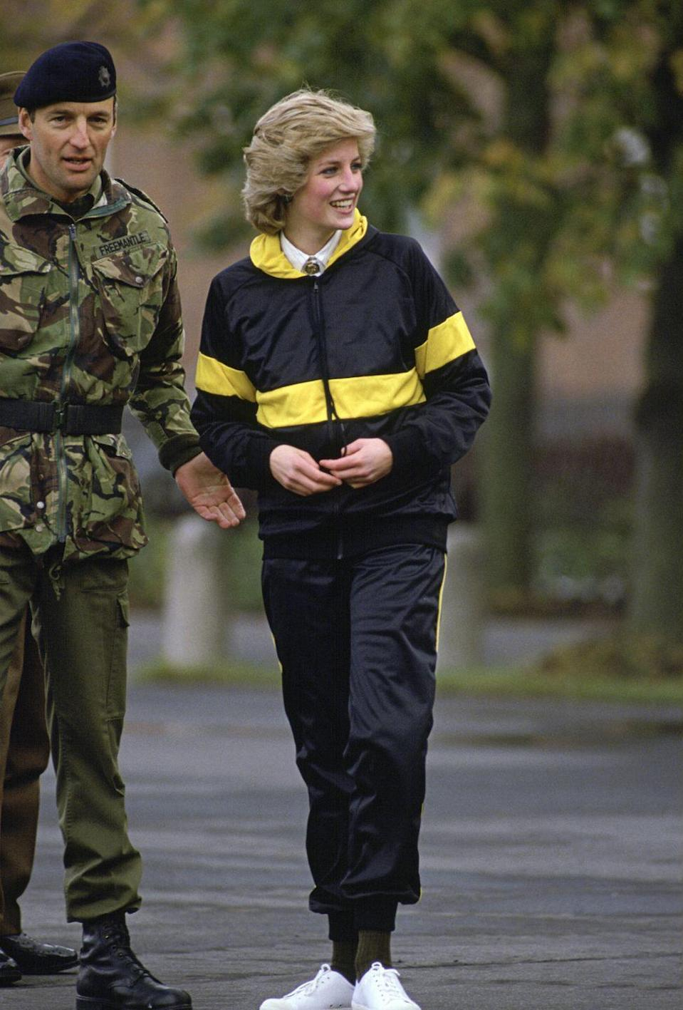 <p>Of course, Diana made this pared-down athletic look seem effortlessly chic.</p>