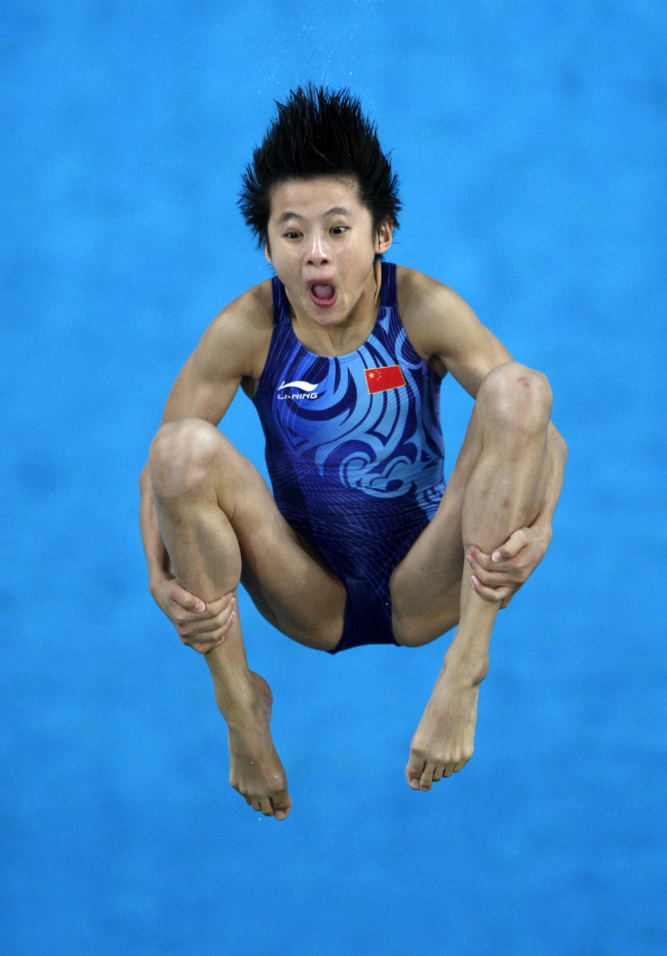 Wang Xin of China competes in the women's 10m platform diving preliminary round at the Beijing 2008 Olympic Games August 20, 2008. REUTERS/Jason Reed (CHINA)