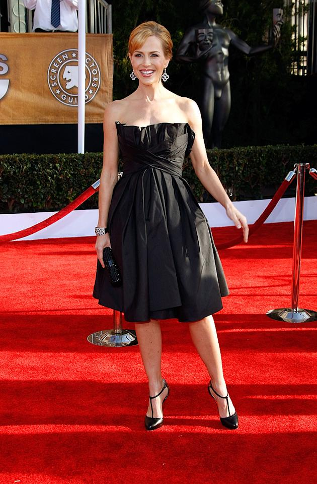"WORST: <a href=""http://movies.yahoo.com/movie/contributor/1800022679"">Julie Benz</a> at the 15th Annual Screen Actors Guild Awards in Los Angeles - 01/25/2009"
