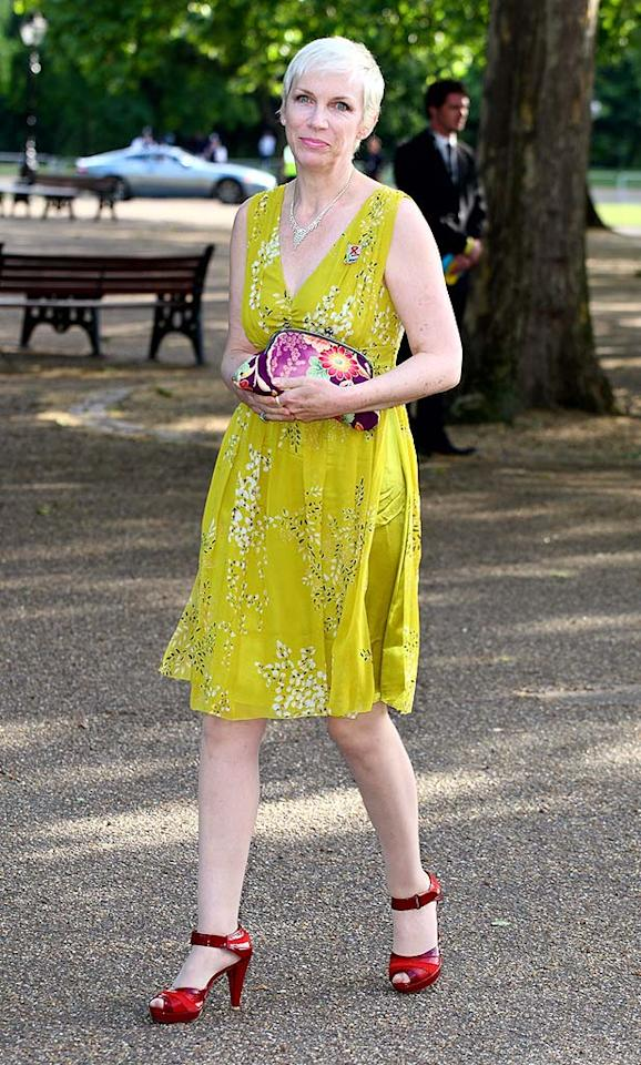 """Annie Lennox channels a granny in her matronly chartreuse mistake and terrible tinted stockings. Mike Marsland/<a href=""""http://www.wireimage.com"""" target=""""new"""">WireImage.com</a> - June 25, 2008"""