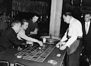 <p>Opera singer Marguerite Piazza watches guests play roulette at the Sands in 1955. After her opera career she joined the supper-club circuit, performing jazz and pop in venues like the Sands in Las Vegas.</p>