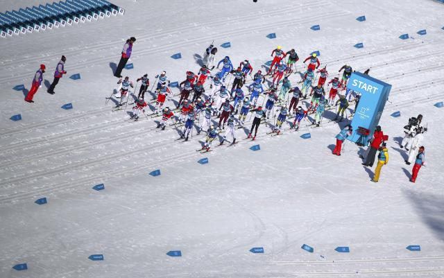Cross-Country Skiing - Pyeongchang 2018 Winter Olympics - Women's 30km Mass Start Classic - Alpensia Cross-Country Skiing Centre - Pyeongchang, South Korea - February 25, 2018 - Athletes at the start. REUTERS/Carlos Barria