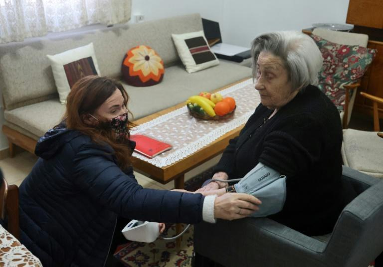 The Yad Ezer La-Haver foundation, which has been supporting survivors of the Holocaust for two decades, has expanded its mission during the Covid-19 pandemic