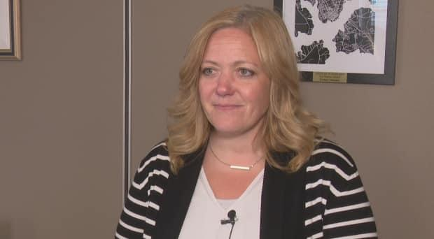 The industry has time to start planning for July 28, says Corryn Clemence of the Tourism Industry Association of P.E.I. (Julien Lecacheur/Radio-Canada - image credit)