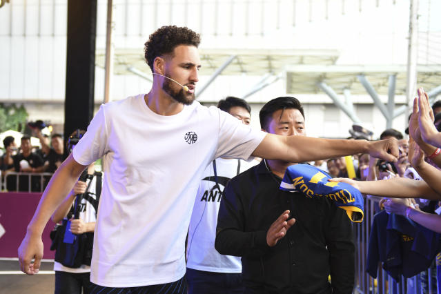 """NANJING, CHINA - SEPTEMBER 08: NBA player <a class=""""link rapid-noclick-resp"""" href=""""/nba/players/4892/"""" data-ylk=""""slk:Klay Thompson"""">Klay Thompson</a> of the <a class=""""link rapid-noclick-resp"""" href=""""/nba/teams/golden-state/"""" data-ylk=""""slk:Golden State Warriors"""">Golden State Warriors</a> meets fans during an Anta promotional event on September 8, 2019 in Nanjing, Jiangsu Province of China. (Photo by Zheng Hongliang/VCG via Getty Images)"""